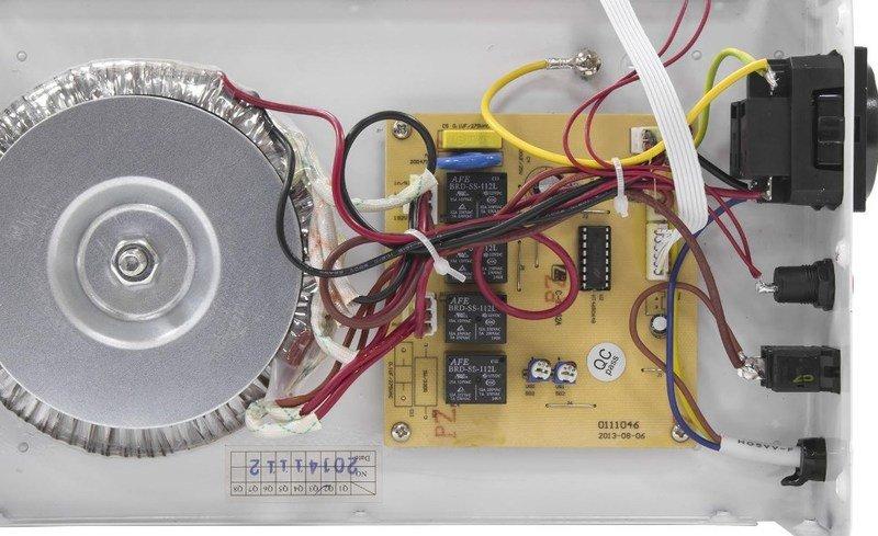 Стабилизатор напряжения SVEN AVR SLIM-500 LCD фото4