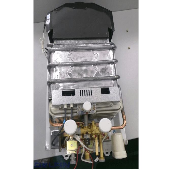 Газовый проточный водонагреватель Superlux DGI 10L CF NG фото5