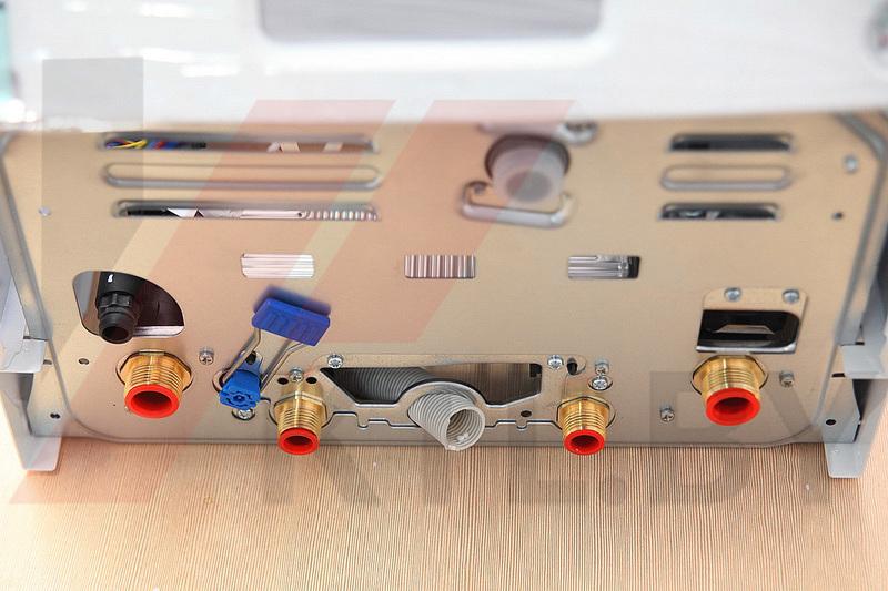 Газовый котел Bosch Gaz 6000 WBN 35 C (турбо) фото4