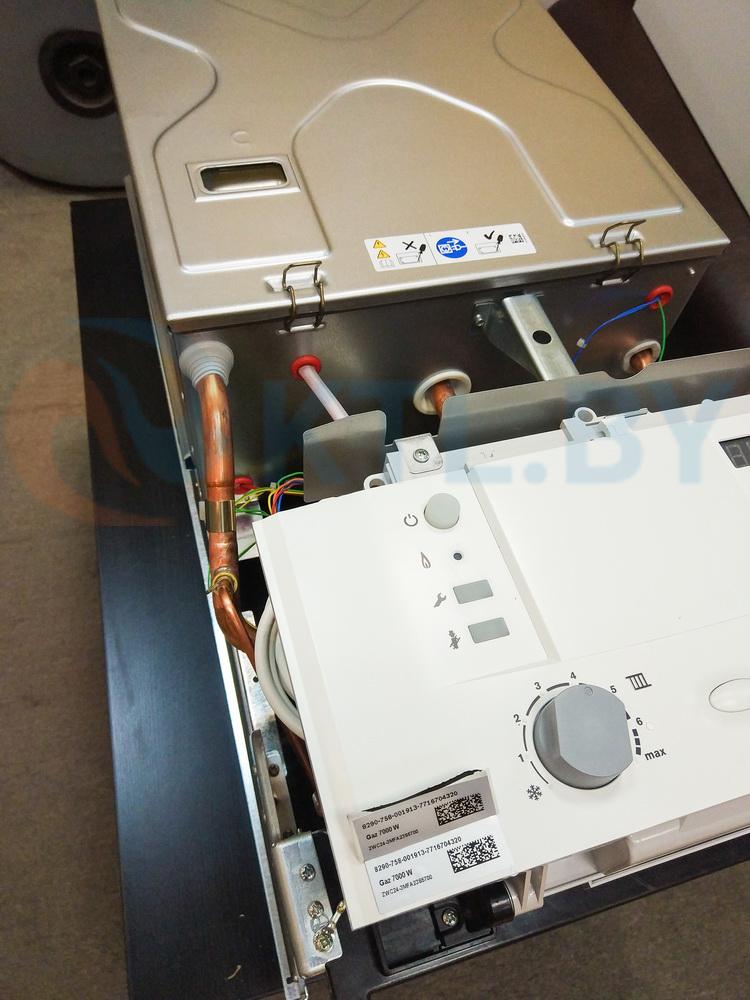 Газовый котел Bosch Gaz 7000 ZWC 28-3 MFA фото4