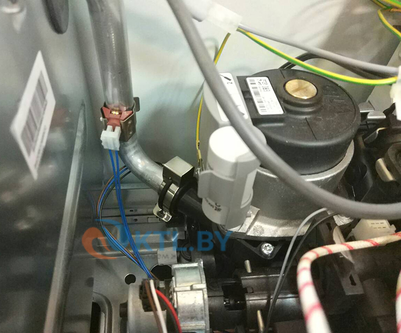 Газовый котел Ariston CARES X 24 CF NG фото5