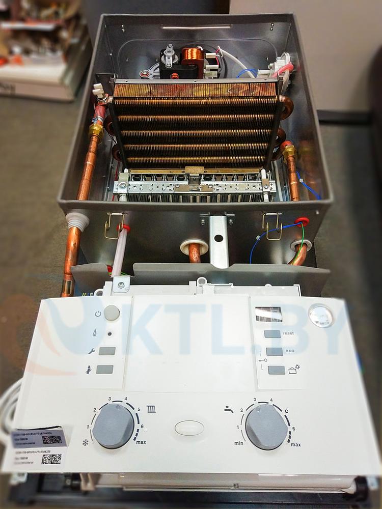 Газовый котел Bosch Gaz 7000 ZWC 24-3 MFA фото6